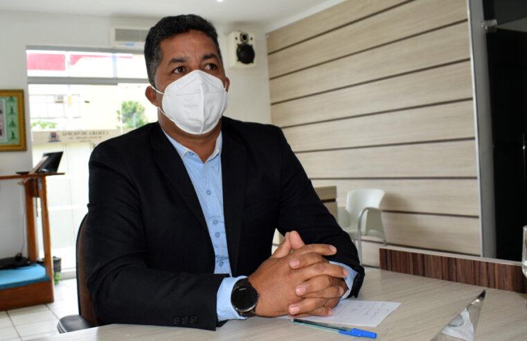 Vereador Elenldo Gonçalves solicita da Gestão de Baixa Grande calçamento com Paralelepípedo para Novo Sítio