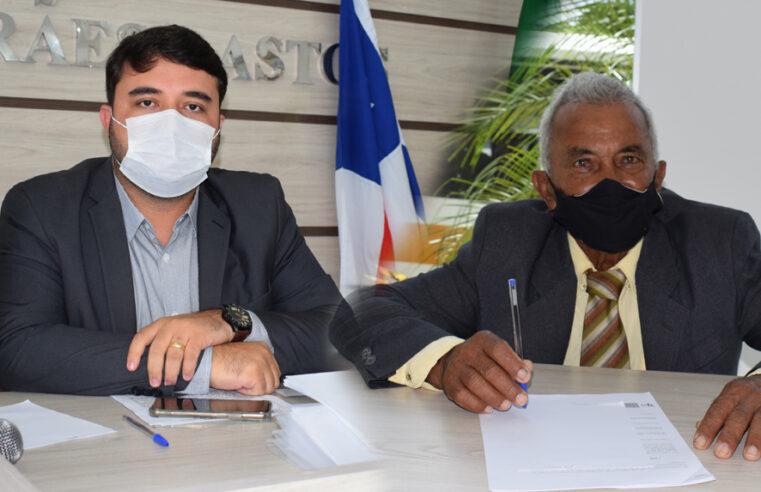 Vavá do Tabuleiro e Werlison Silva solicitam aguada de grande porte em Lagoa Queimada